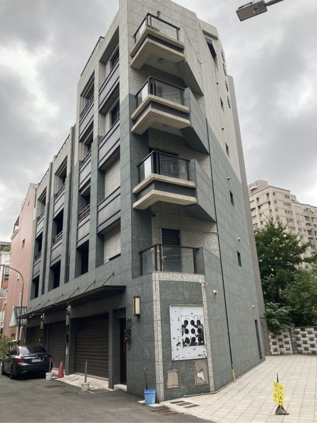 藝文全新靜巷電梯別墅,桃園市桃園區新埔十街